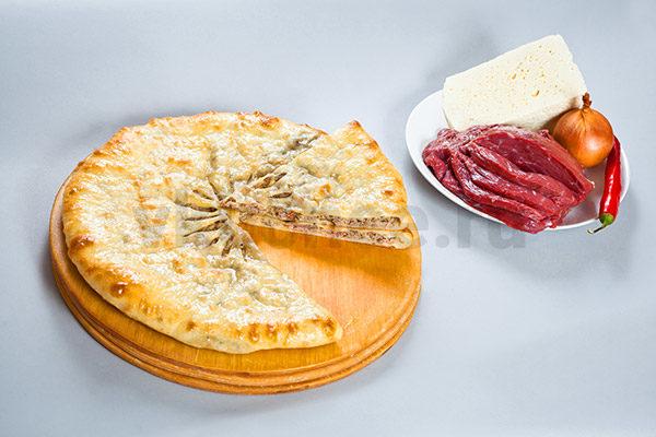 Осетинский пирог с мясом и сыром фото