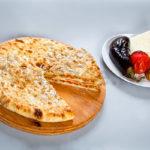 Осетинский пирог с запеченными овощами фото