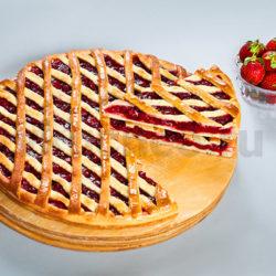 Осетинский пирог с клубникой фото
