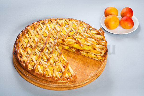 Осетинский пирог с абрикосами фото