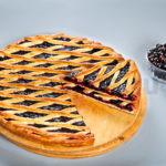 Осетинский пирог с черной смородиной фото